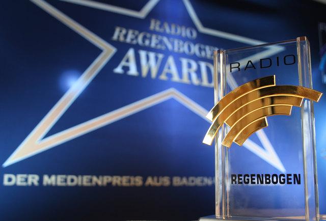 """Einer der begehrten """"Radio Regenbogen Awards"""""""